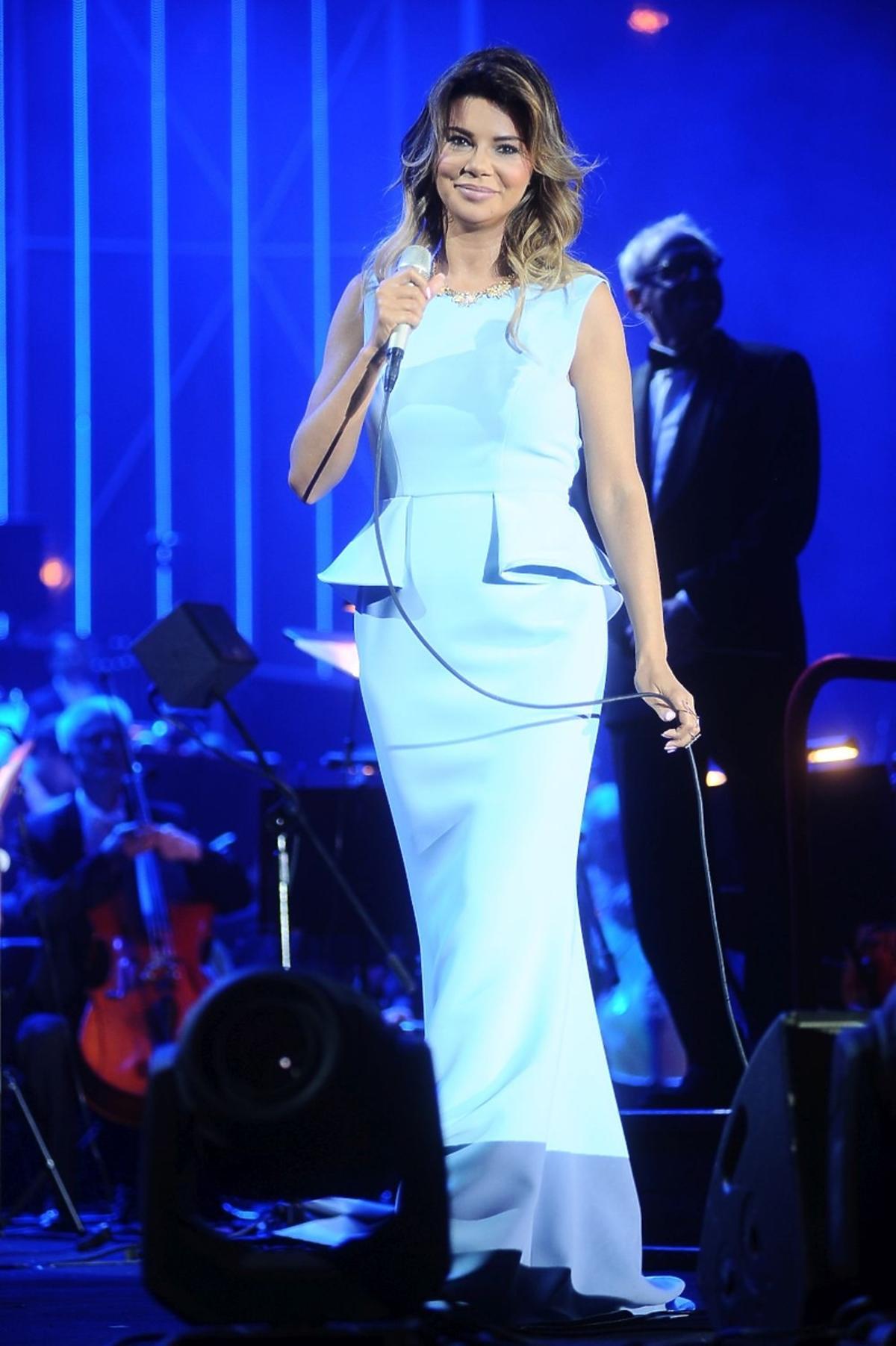 Edyta Górniak w niebieskiej sukni