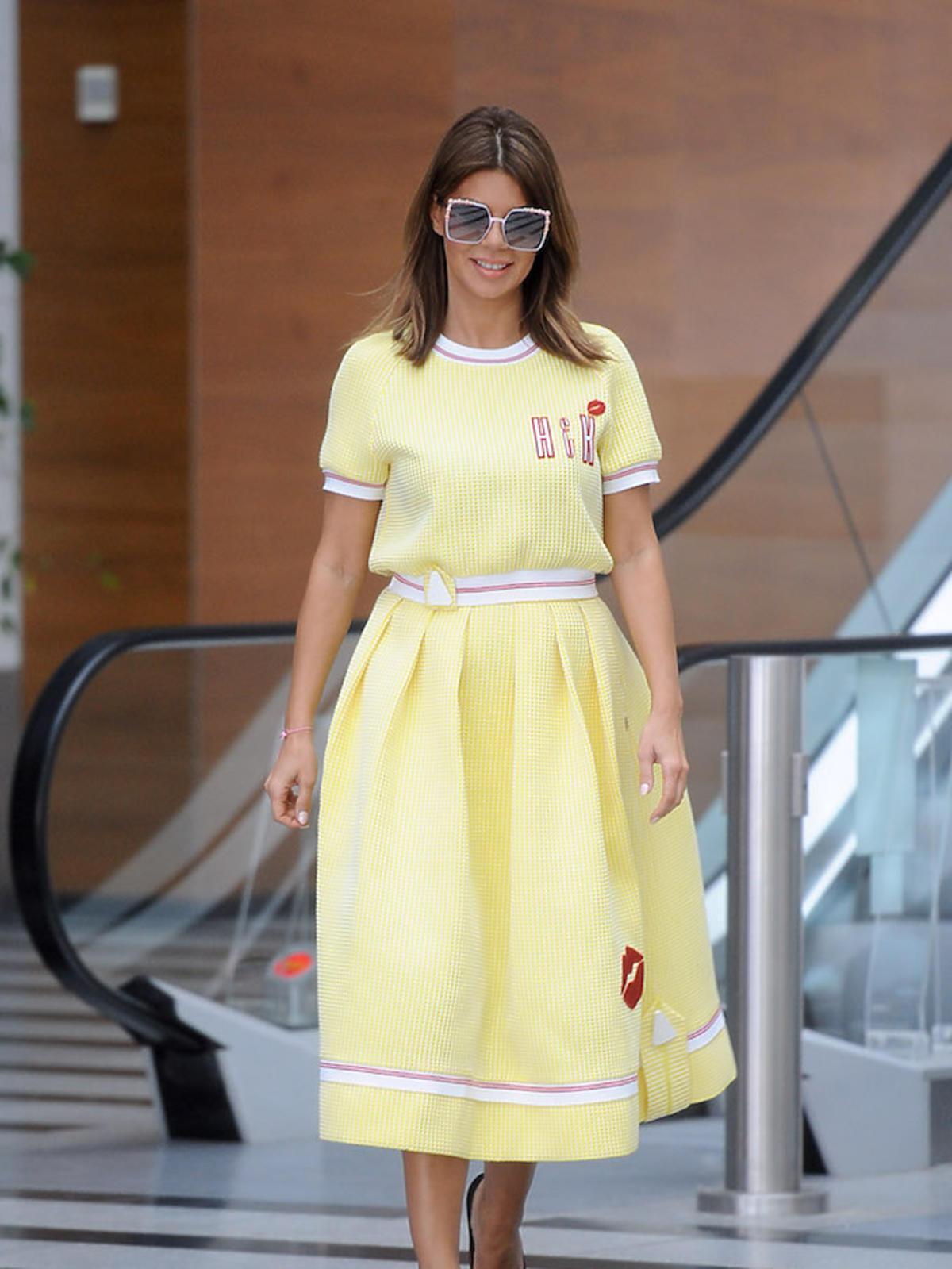 Edyta Górniak w żółtej sukience w TVP