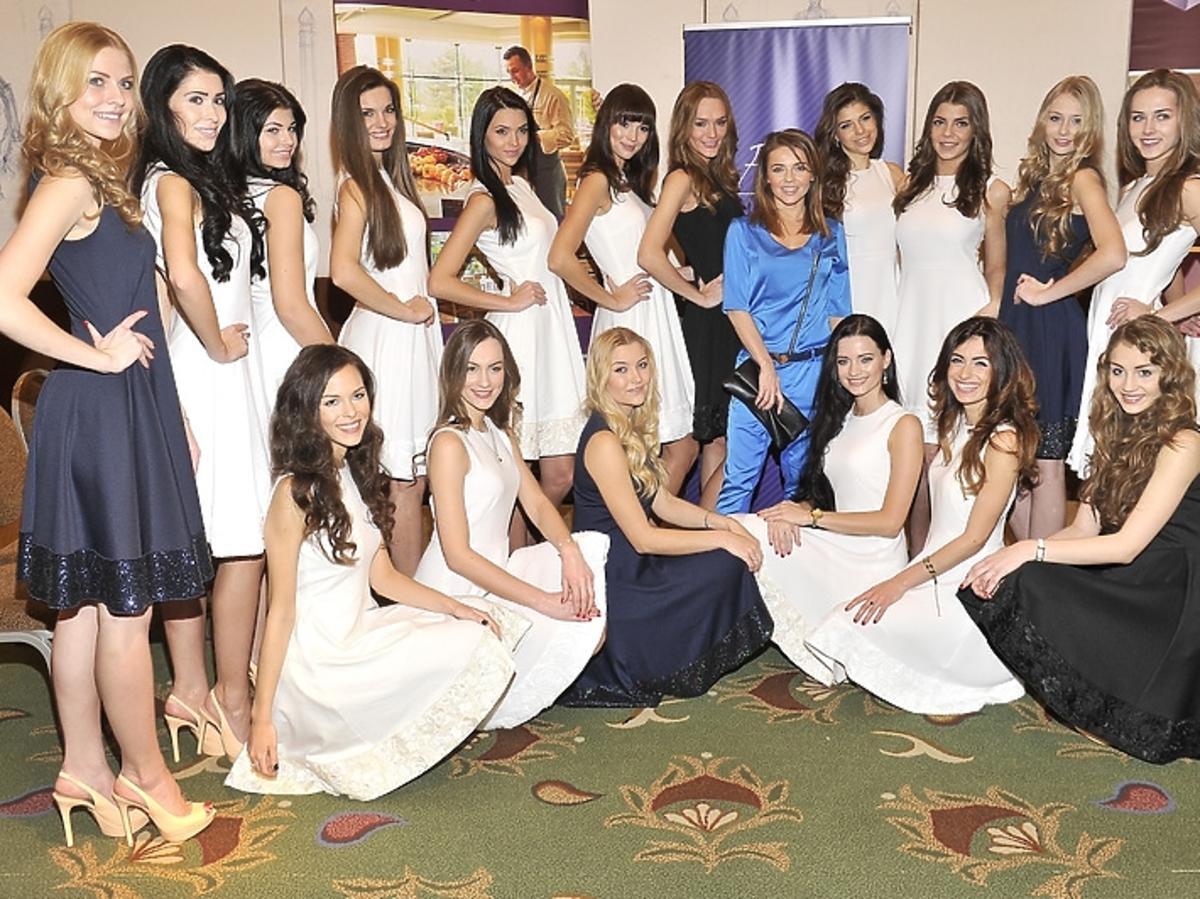 Edyta Herbuś i tegoroczne finalistki Miss Polonia 2012 na konferencji prasowej
