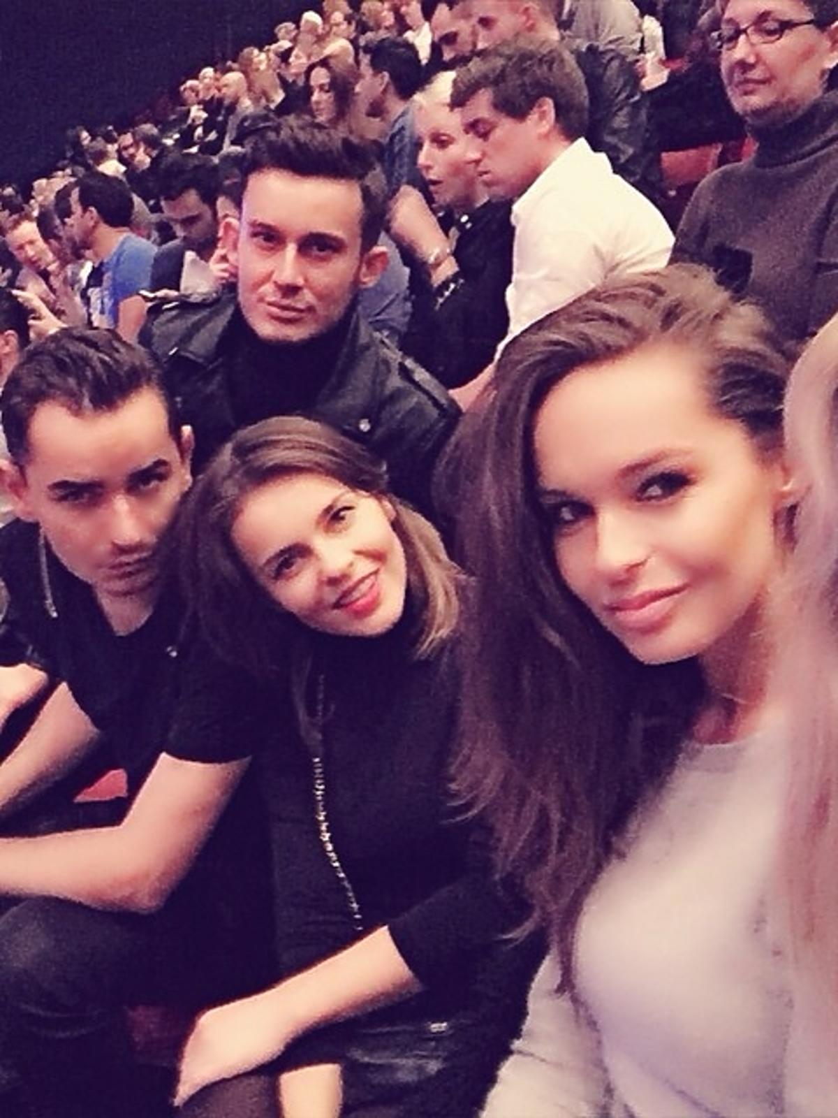 Edyta Herbuś, Kasia Sowińska i Tomek Sowiński na koncercie Kylie Minogue w Paryżu
