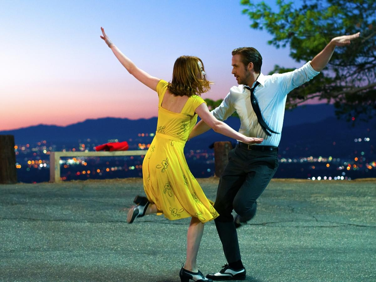 Emma Stone i Ryan Gosling w filmie La La Land