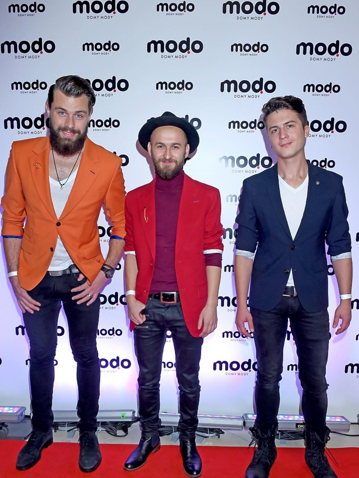 Ernest Staniaszek, Wojciech Baranowski i Konrad Kiełbasa na otwarciu domu mody MODO