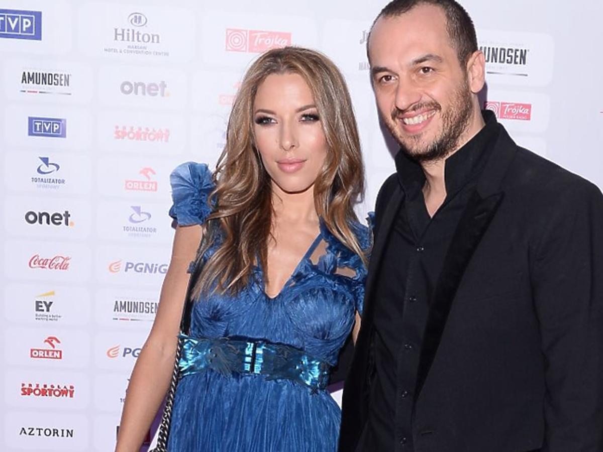 Ewa Chodakowska w niebieskiej sukni