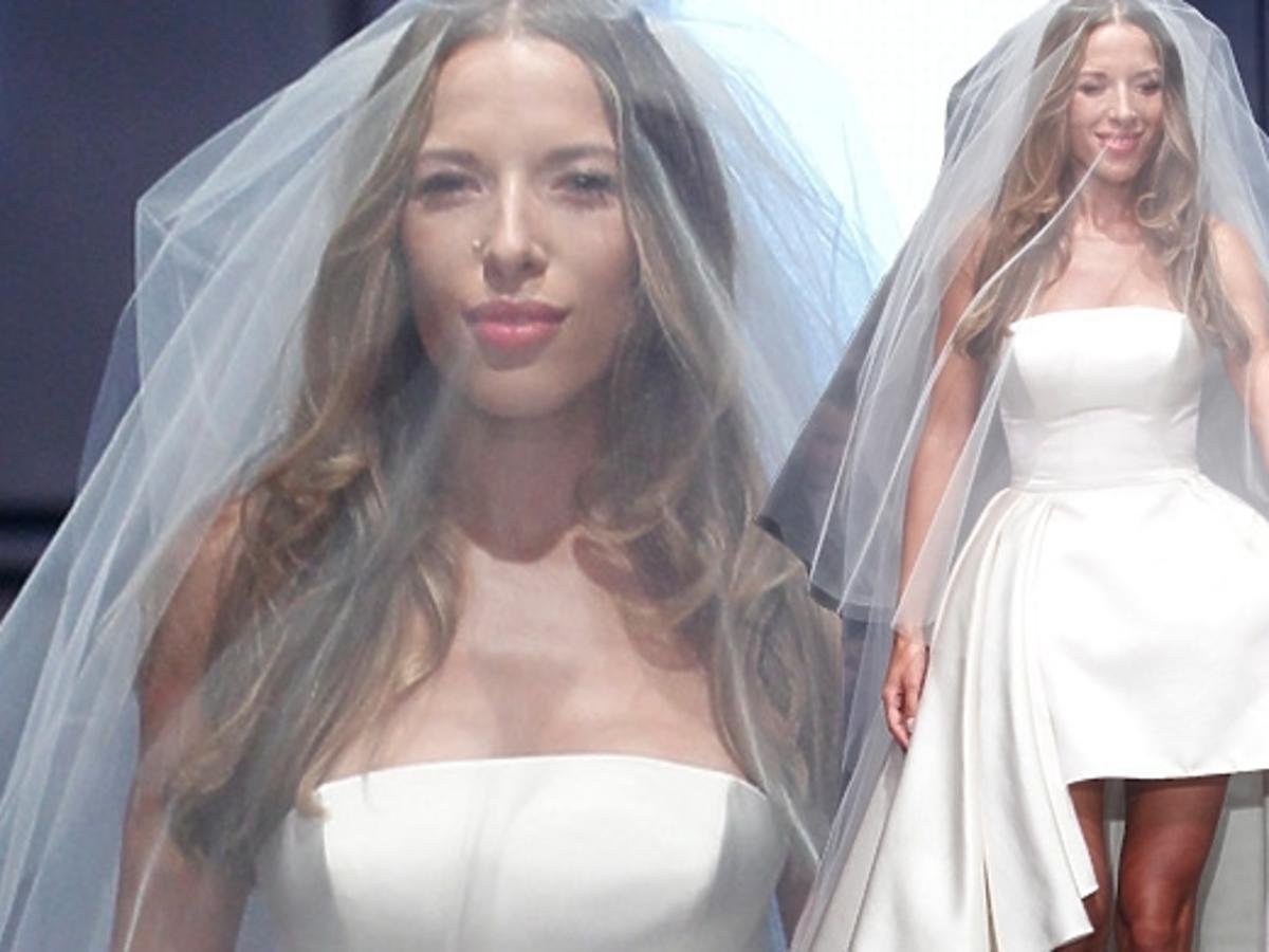 Ewa Chodakowska w sukni ślubnej na pokazie La Mania
