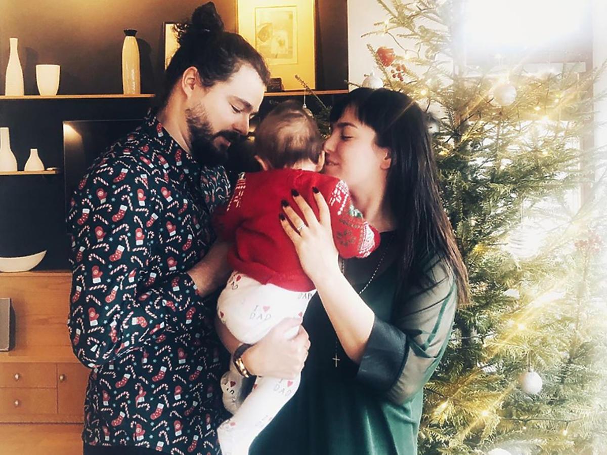Ewa Farna z mężem i synem