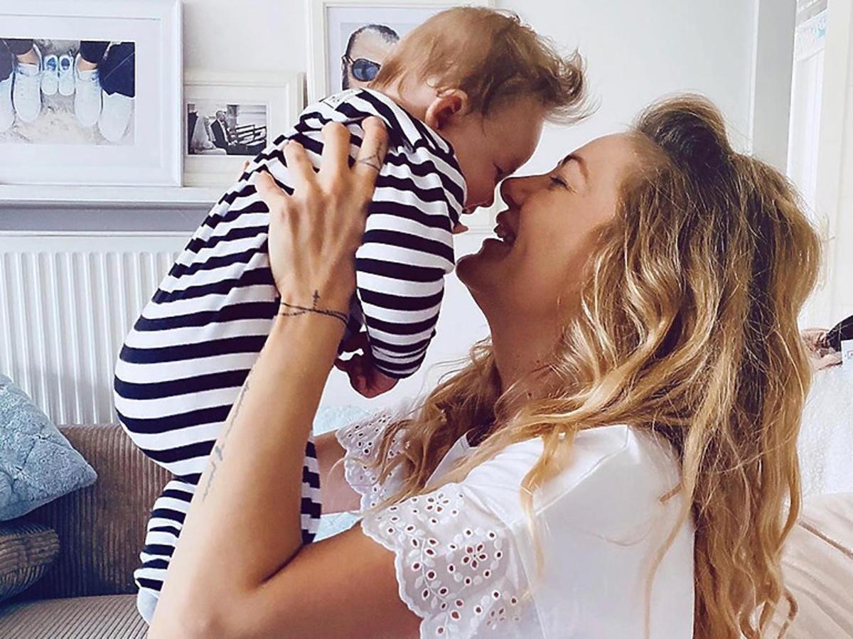 Ewa Mrozowska świętuje Dzień Matki
