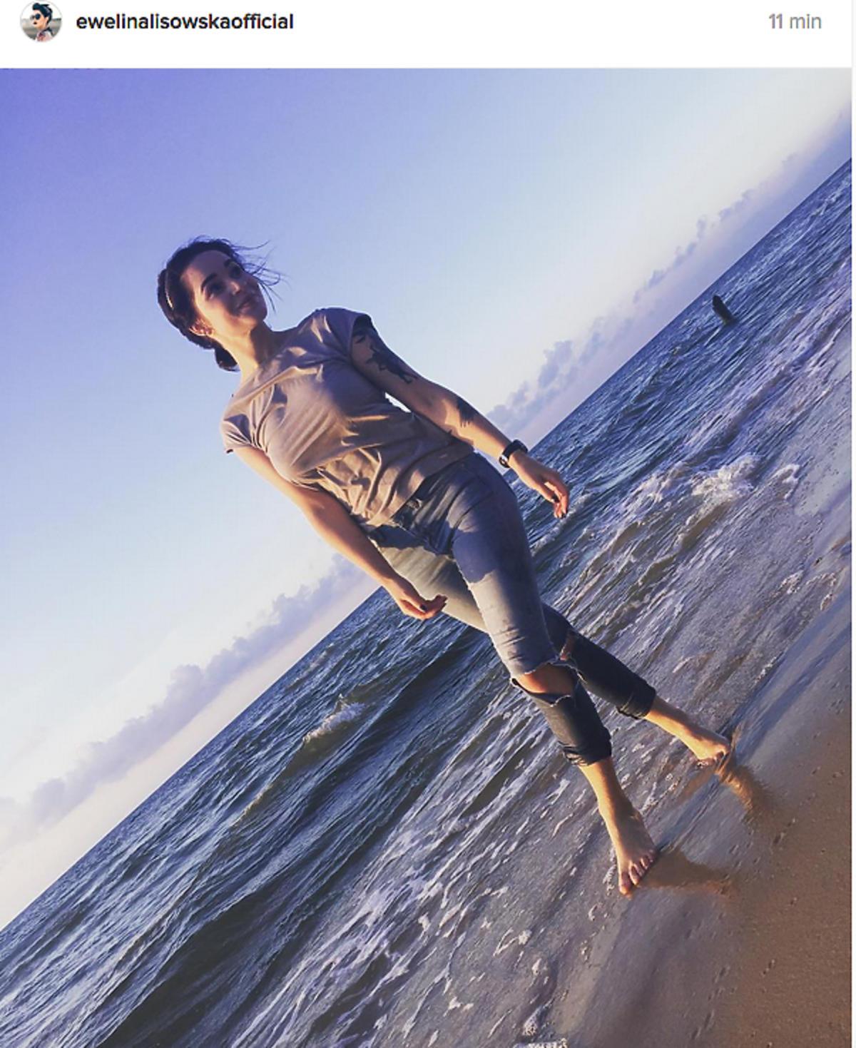 Ewelina Lisowska nad morzem