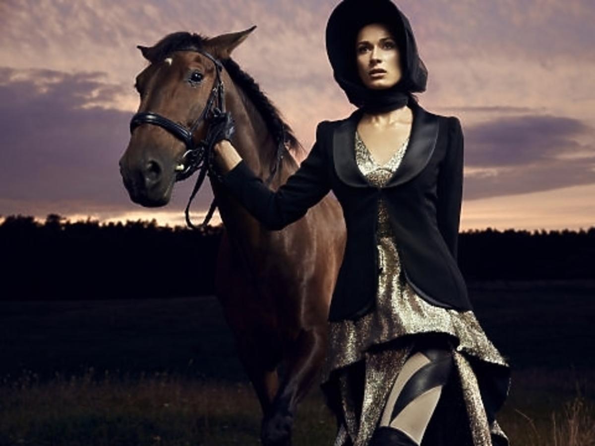 Ewelina Pachucka w sesji konnej w Top Model