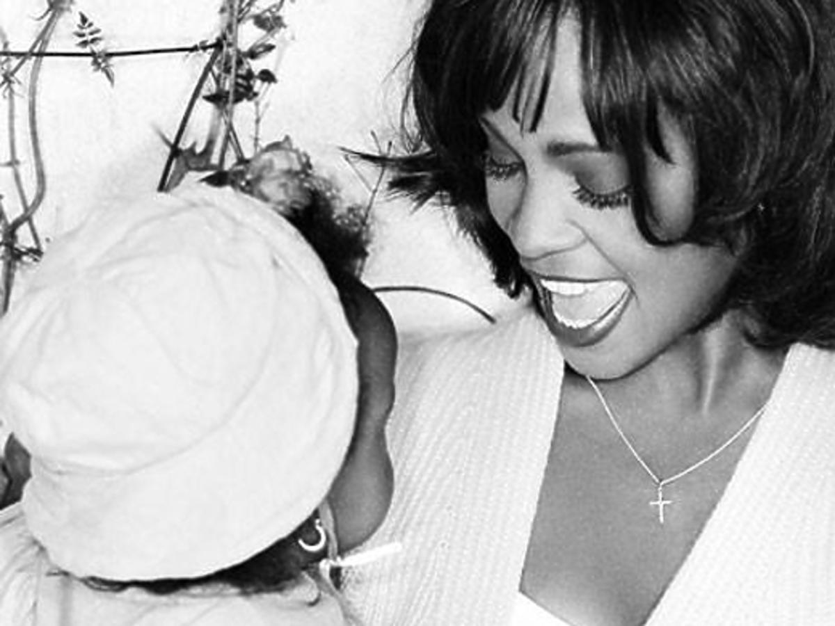 Fani Whitney Houston wspominają Bobbi Kristinę Brown