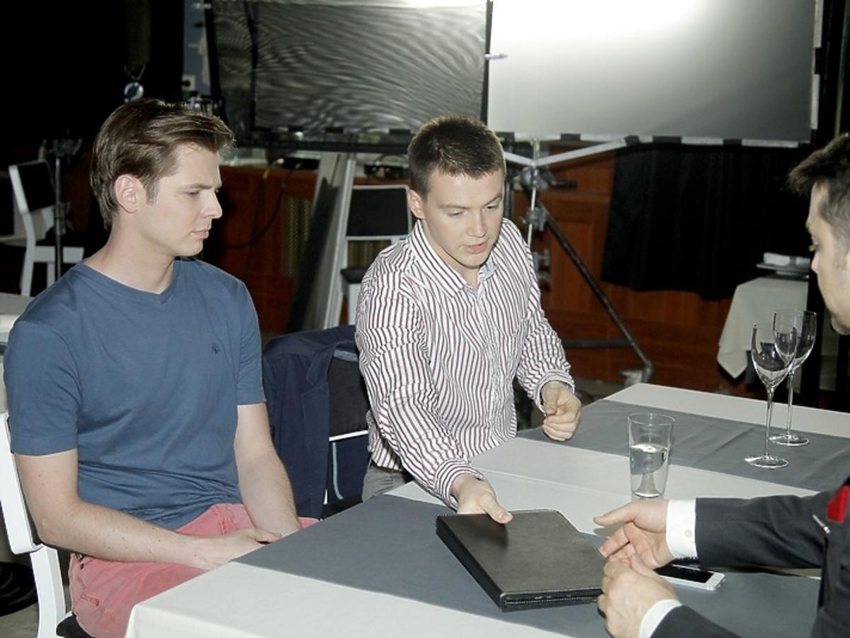 Filip Bobek, Krzysztof Kwiatkowski i Kamil Kula na planie serialu