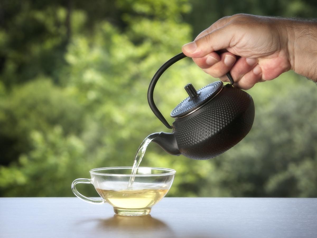 Filiżanka białej herbaty.