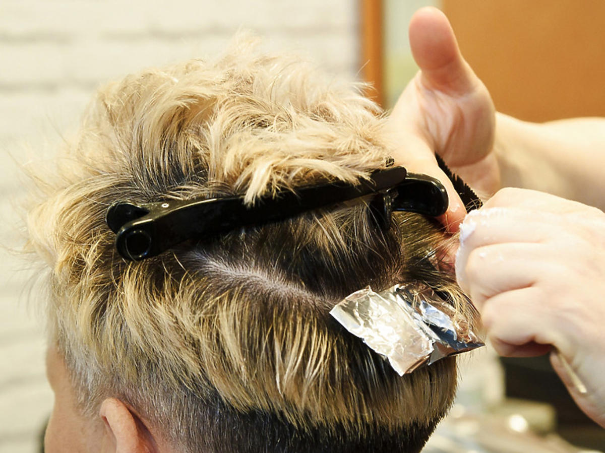 Fryzjer, zakład fryzjerski