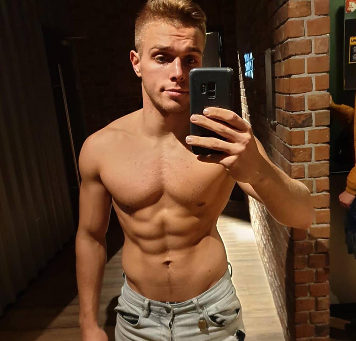 Gorące zdjęcia Blondino na Instagramie