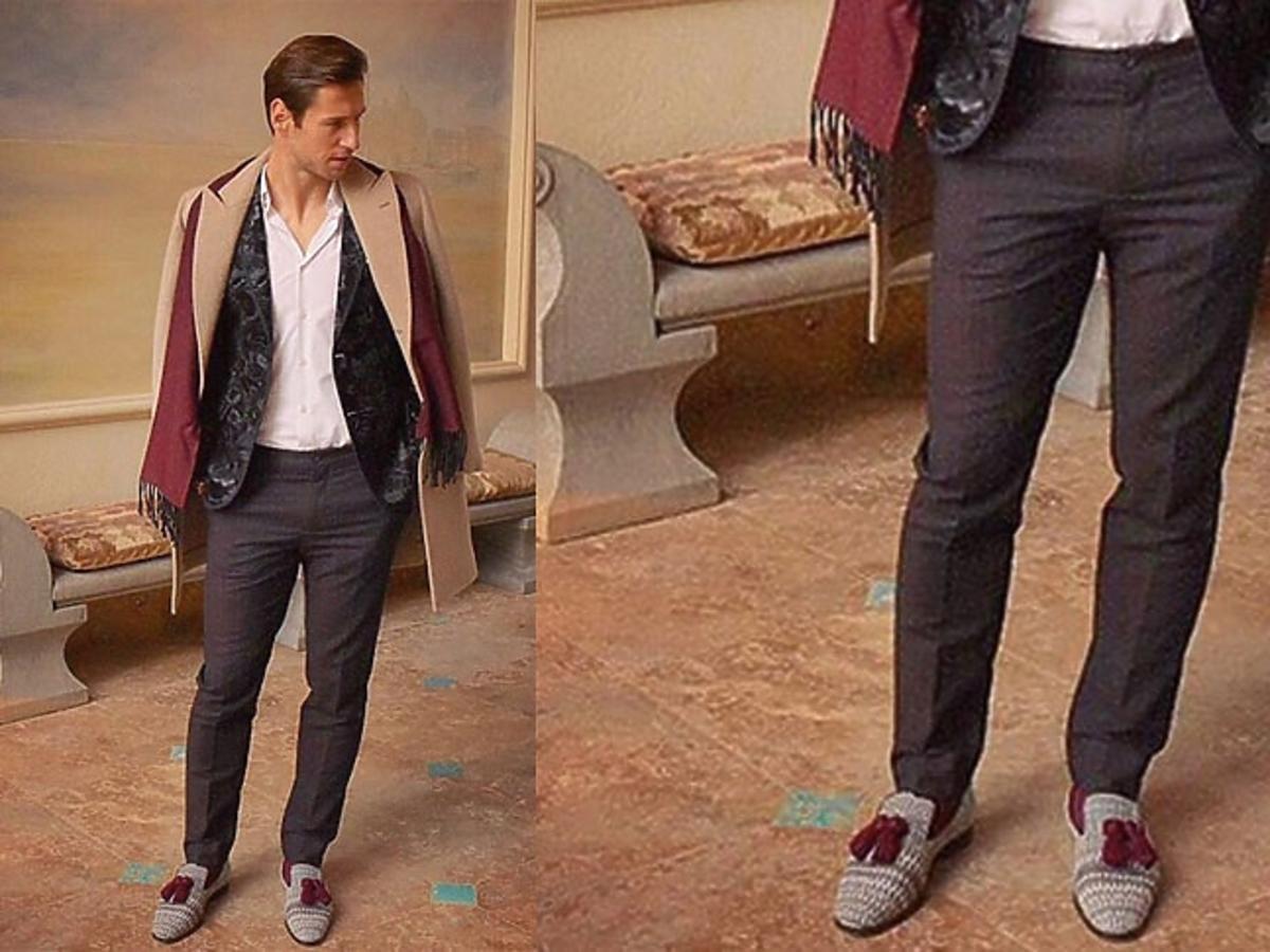 Grzegorz Krychowiak w borodwy szaliku i butach z fendzelkami