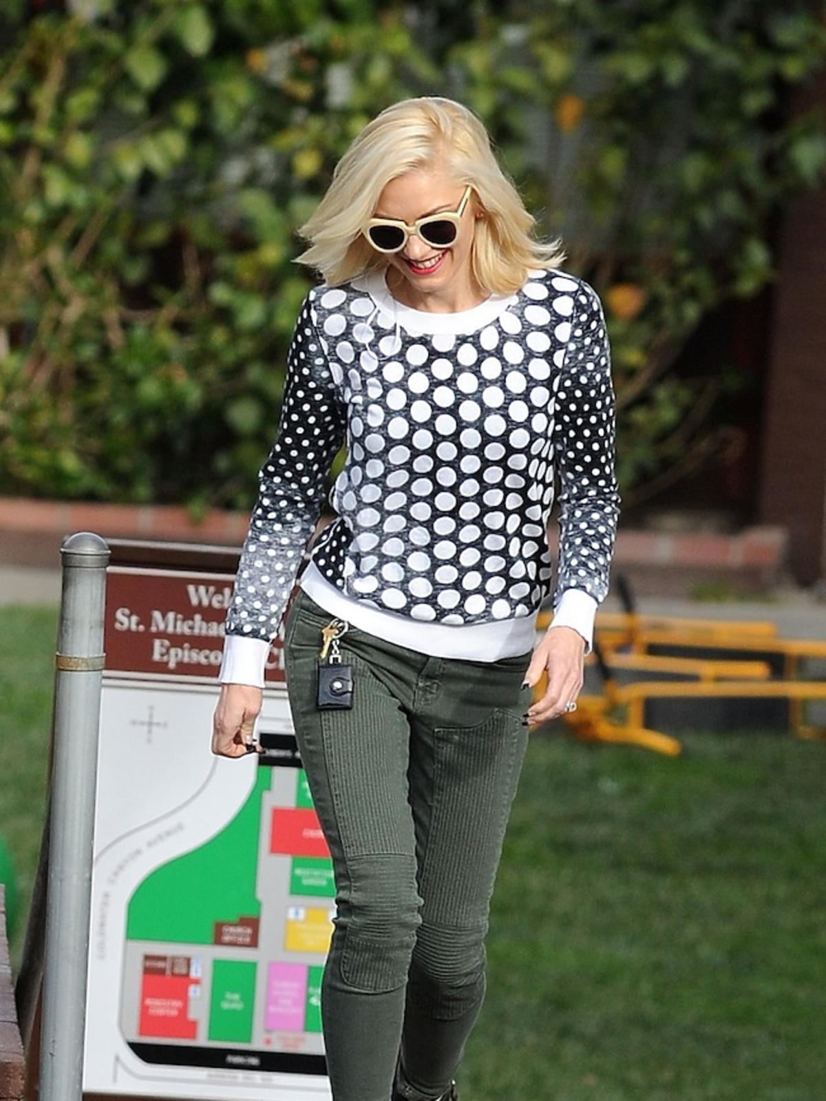 Gwen Stefani w grochach w Beverly Hills Paparazzi