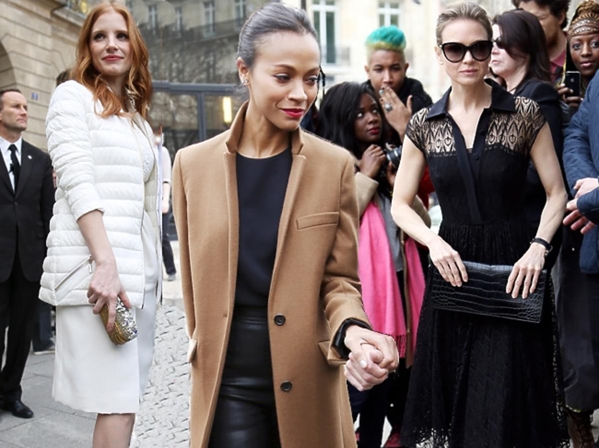 Gwiazdy przed pokazem Miu Miu na Paris Fashion Week