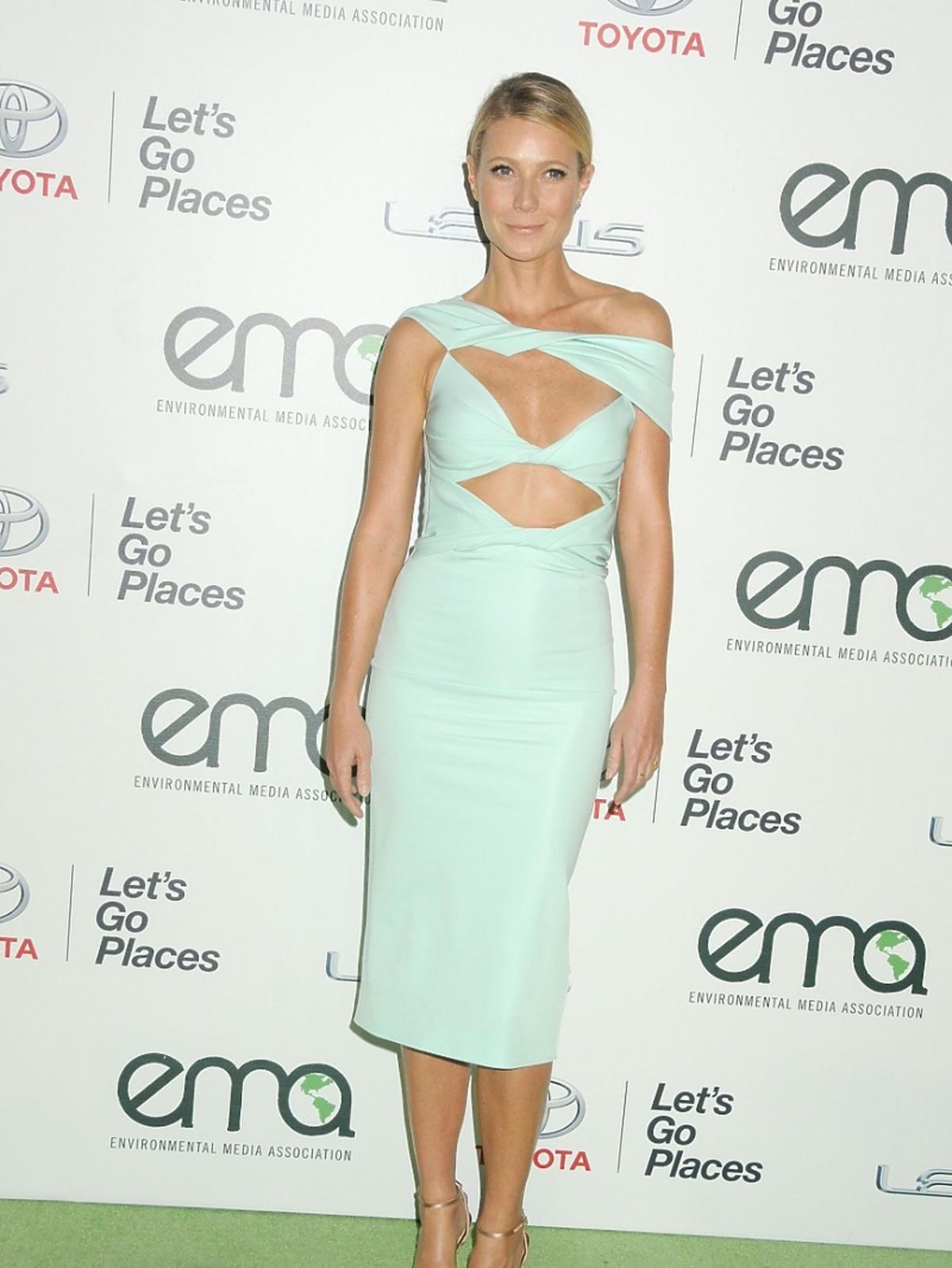 Gwyneth Paltrow w błękitnej sukience