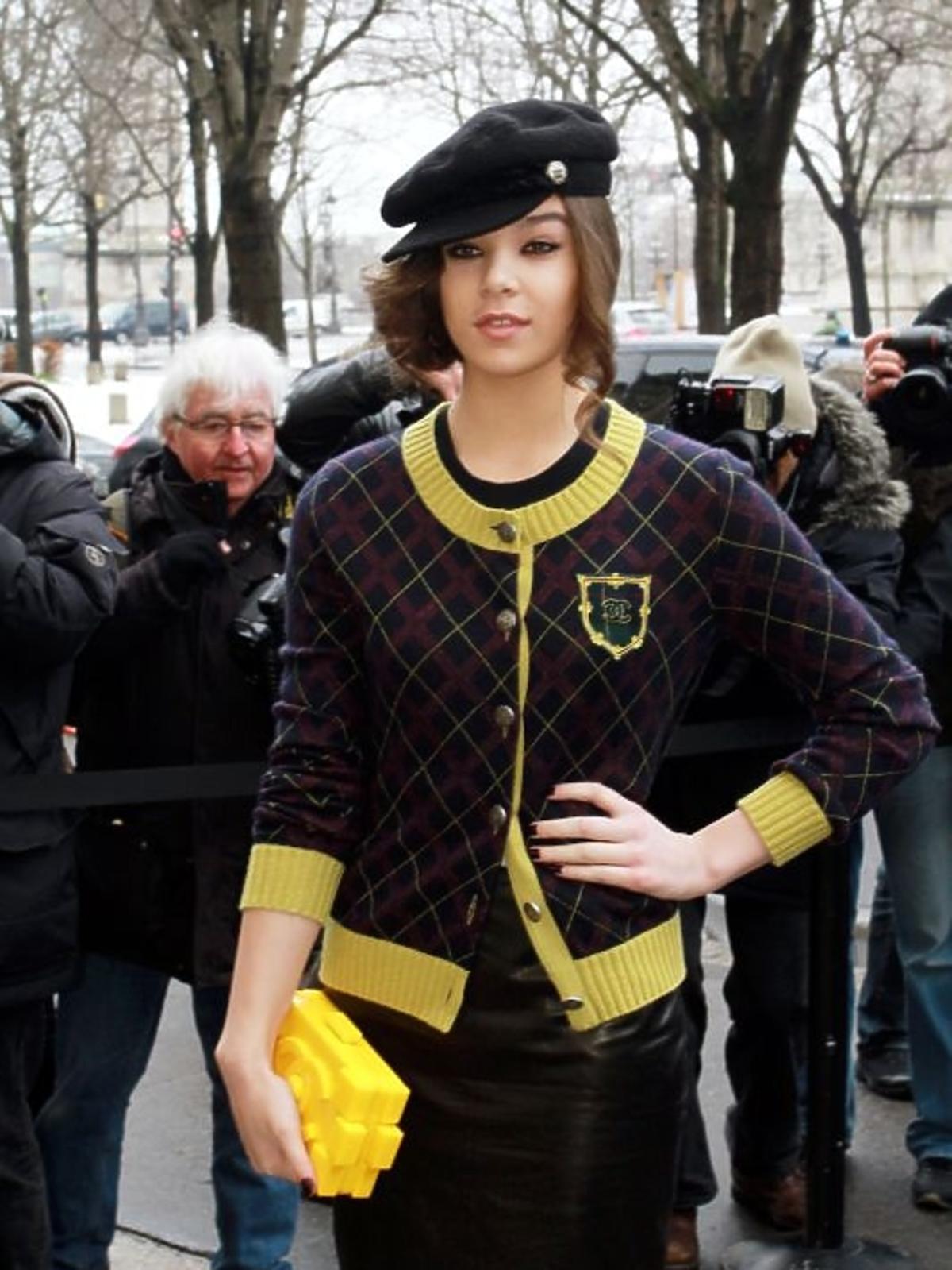 Hailee Steinfeld na pokazie Chanel Haute Couture wiosna/lato 2013