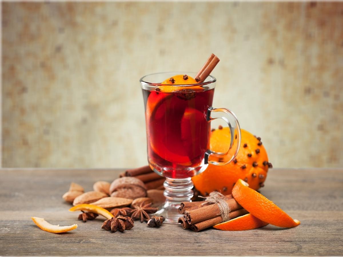 Herbata z pomarańczą, goździkami i wanilią