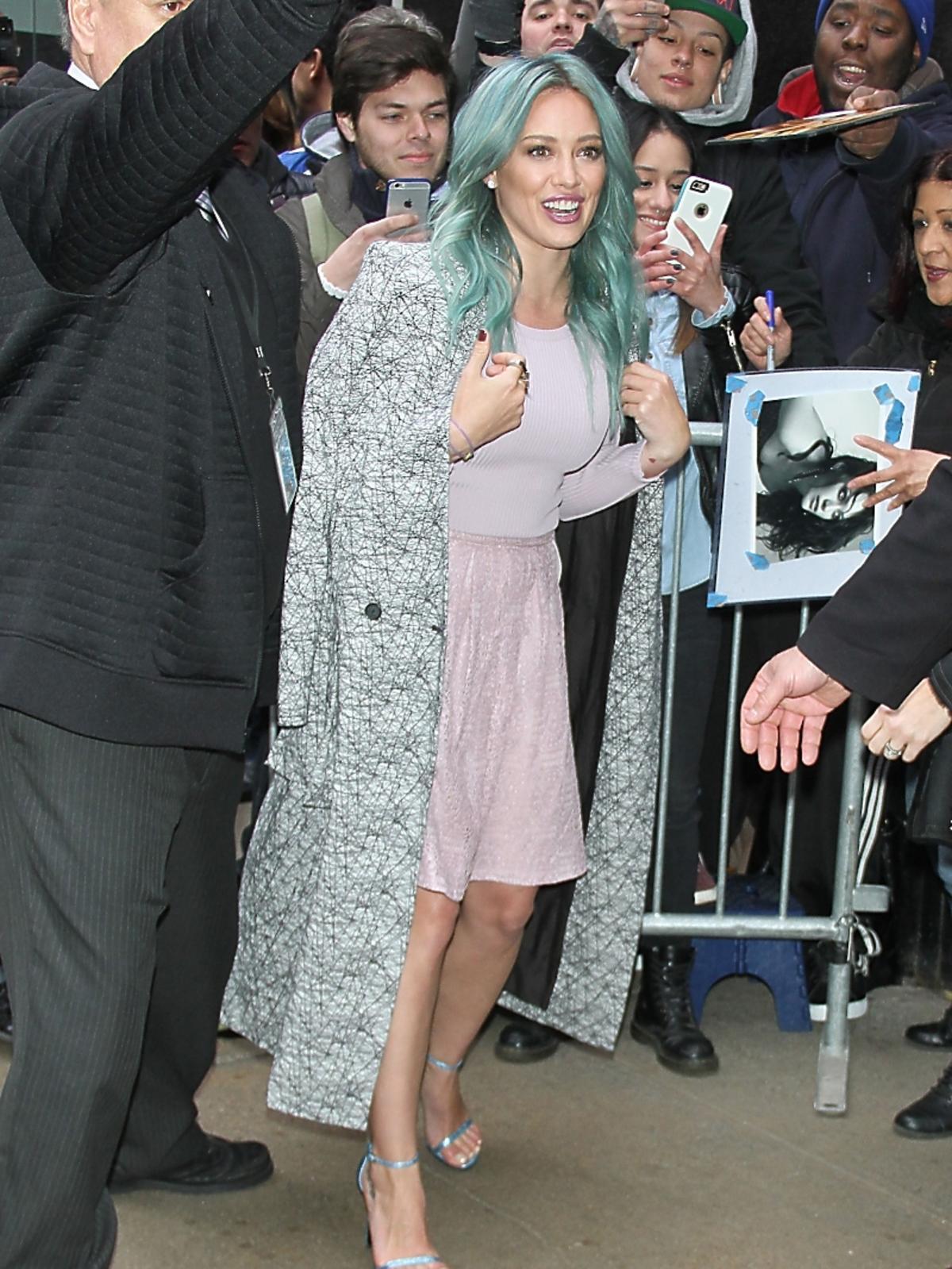 Hilary Duff w zielonych włosach