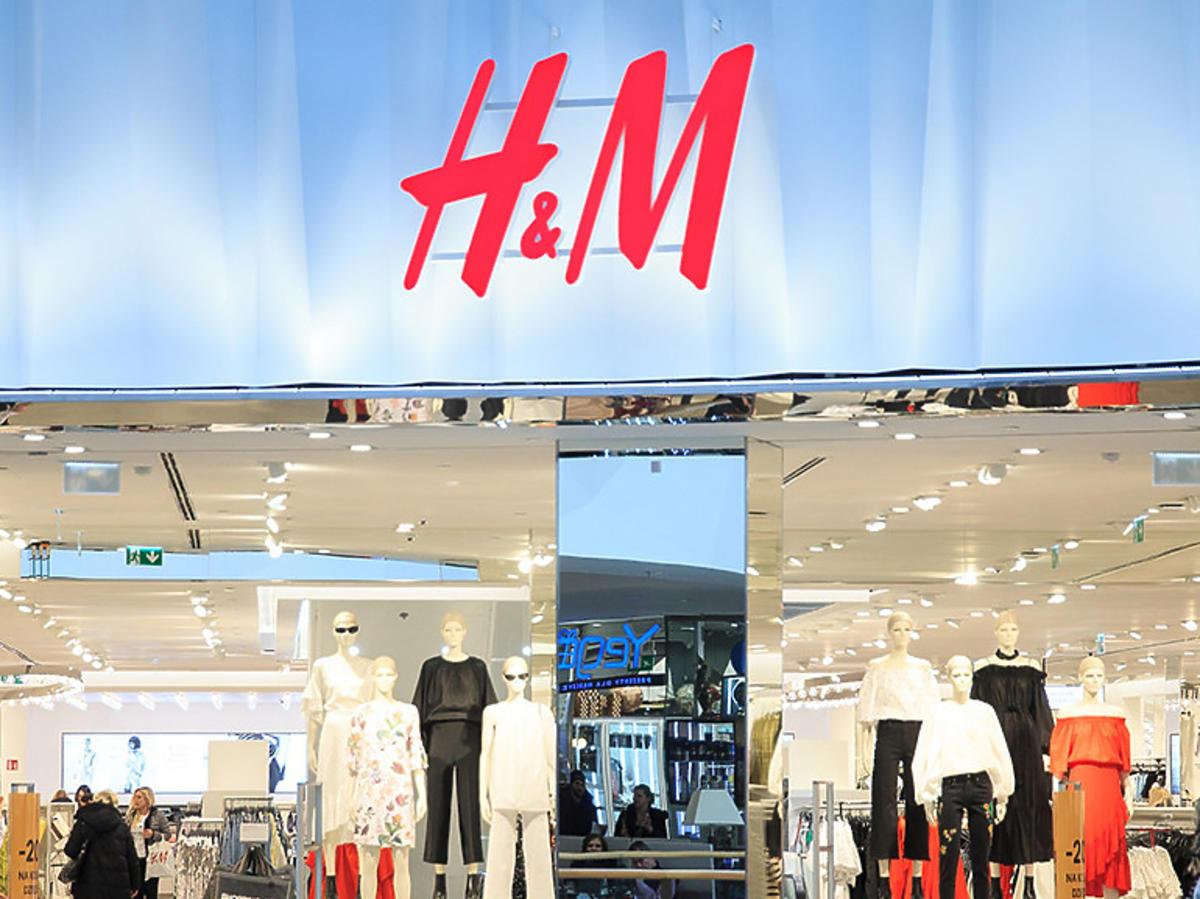 H&M otwiera pierwsze sklepy podczas pandemii koronawirusa