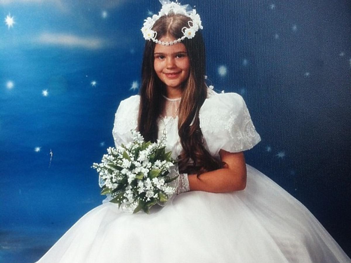 Honorata Skarbek Honey w komunijnej sukience