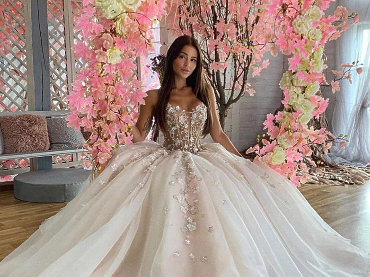 Honorata Skarbek wzięła ślub?! Jej zdjęcie w sukni ślubnej rozgrzało internet