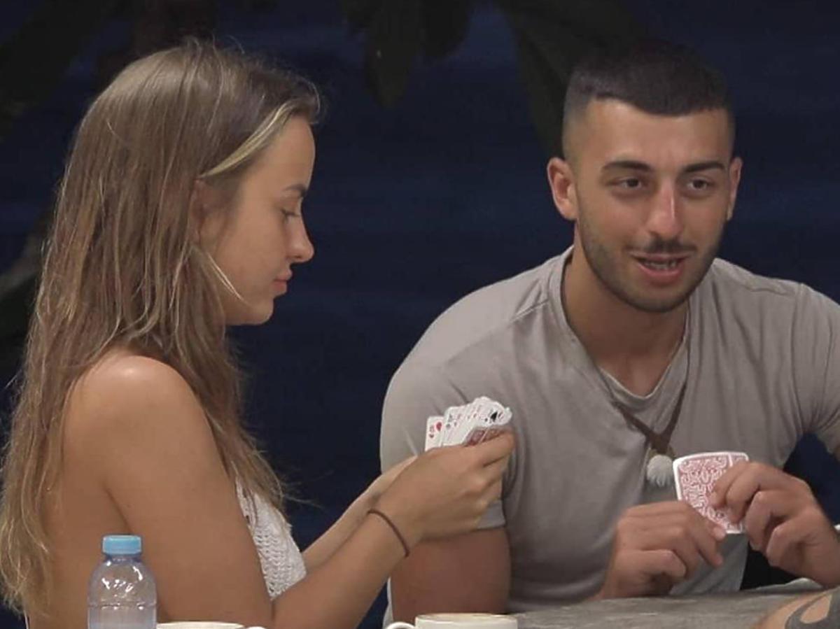 """""""Hotel Paradise 2"""": Artur odbije Julię Kamilowi"""