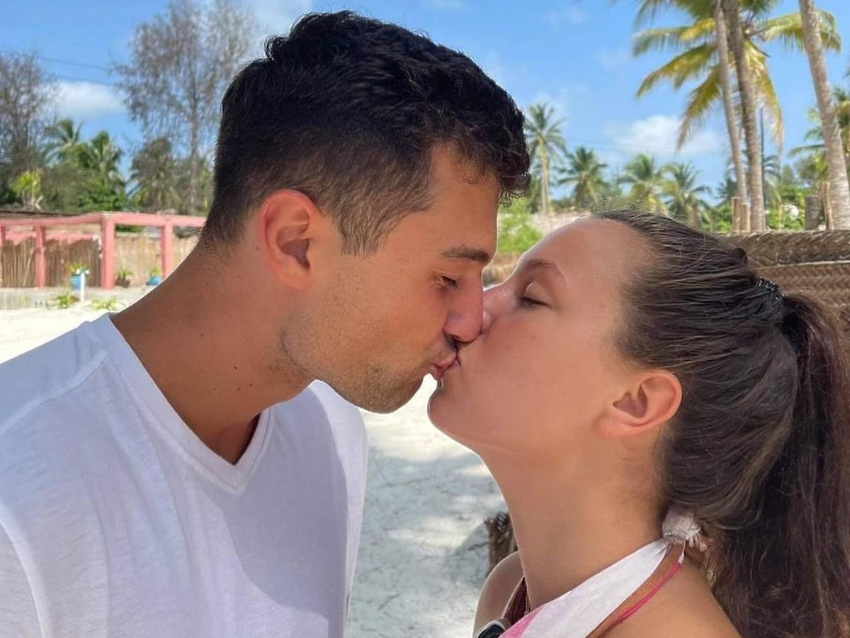 """""""Hotel Paradise 3"""":Simon i Bibi wkraczają w nowy etap związku"""