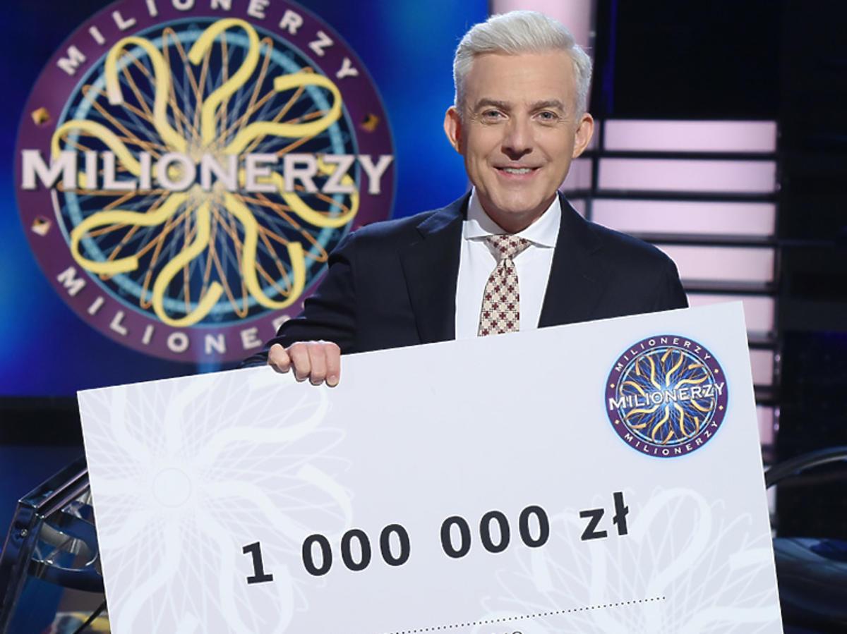 Hubert Urbański z czekiem na milion