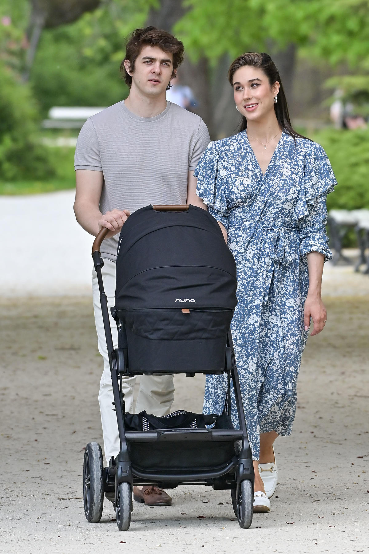 Ida Nowakowska na spacerze z synkiem