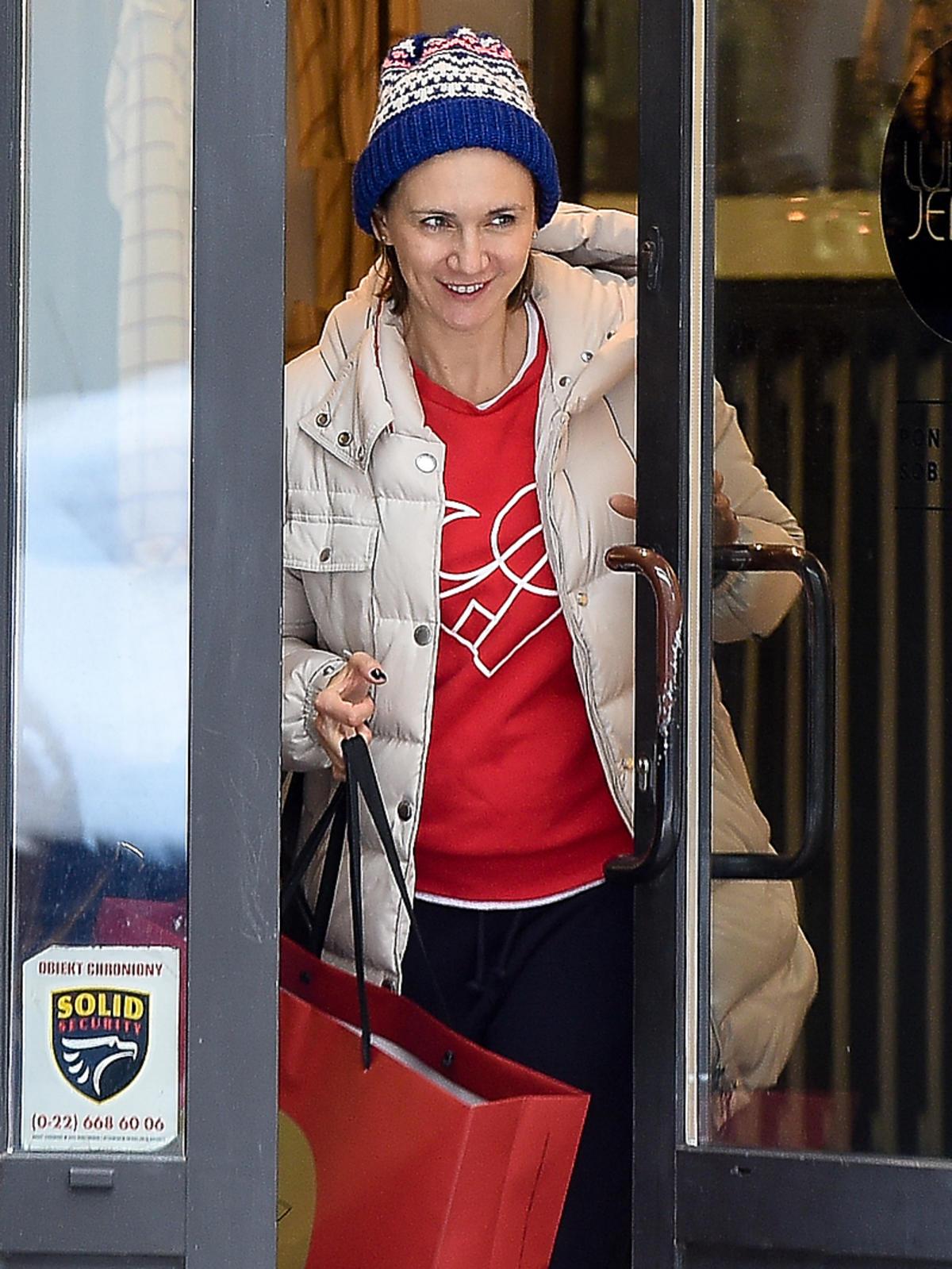Ilona Ostrowska zaparkowała na zakazie