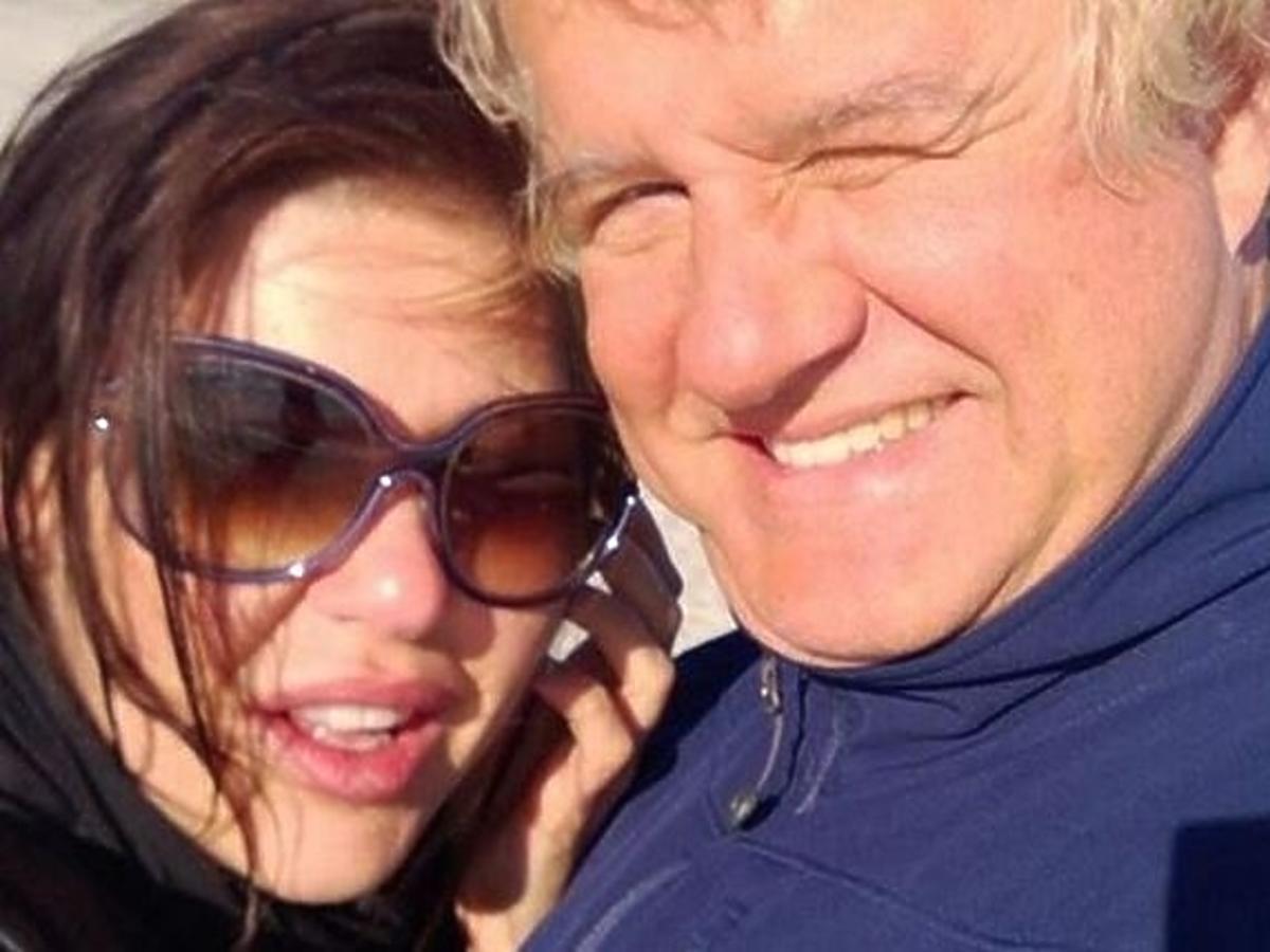 Iwona Węgrowska i Krzysztof Madeyski na plaży w Juracie