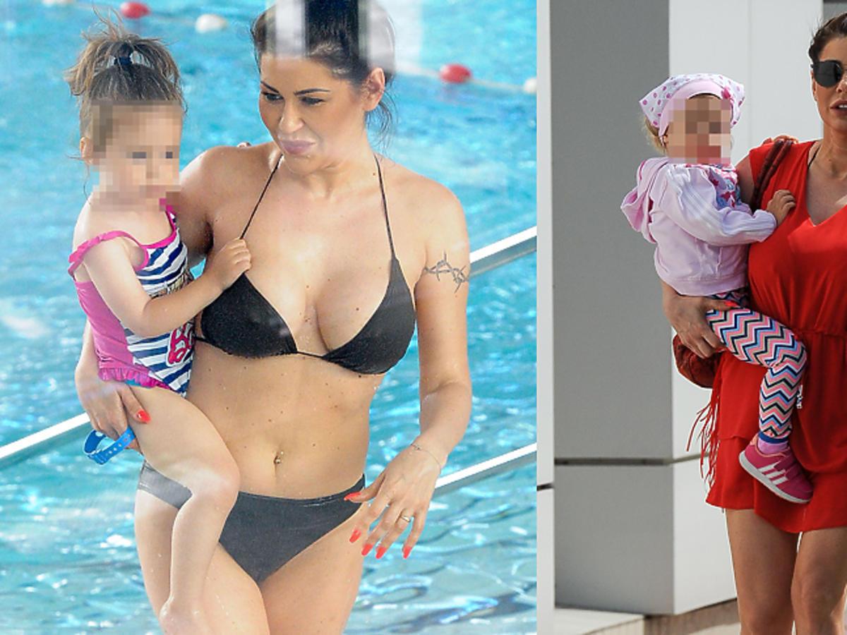 Iwona Węgrowska z córką na basenie