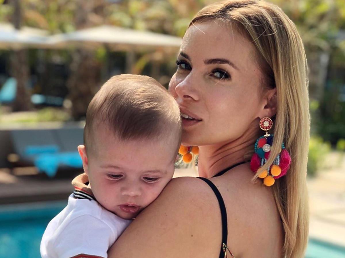 Izabela Janachowska z synem na wakacjach