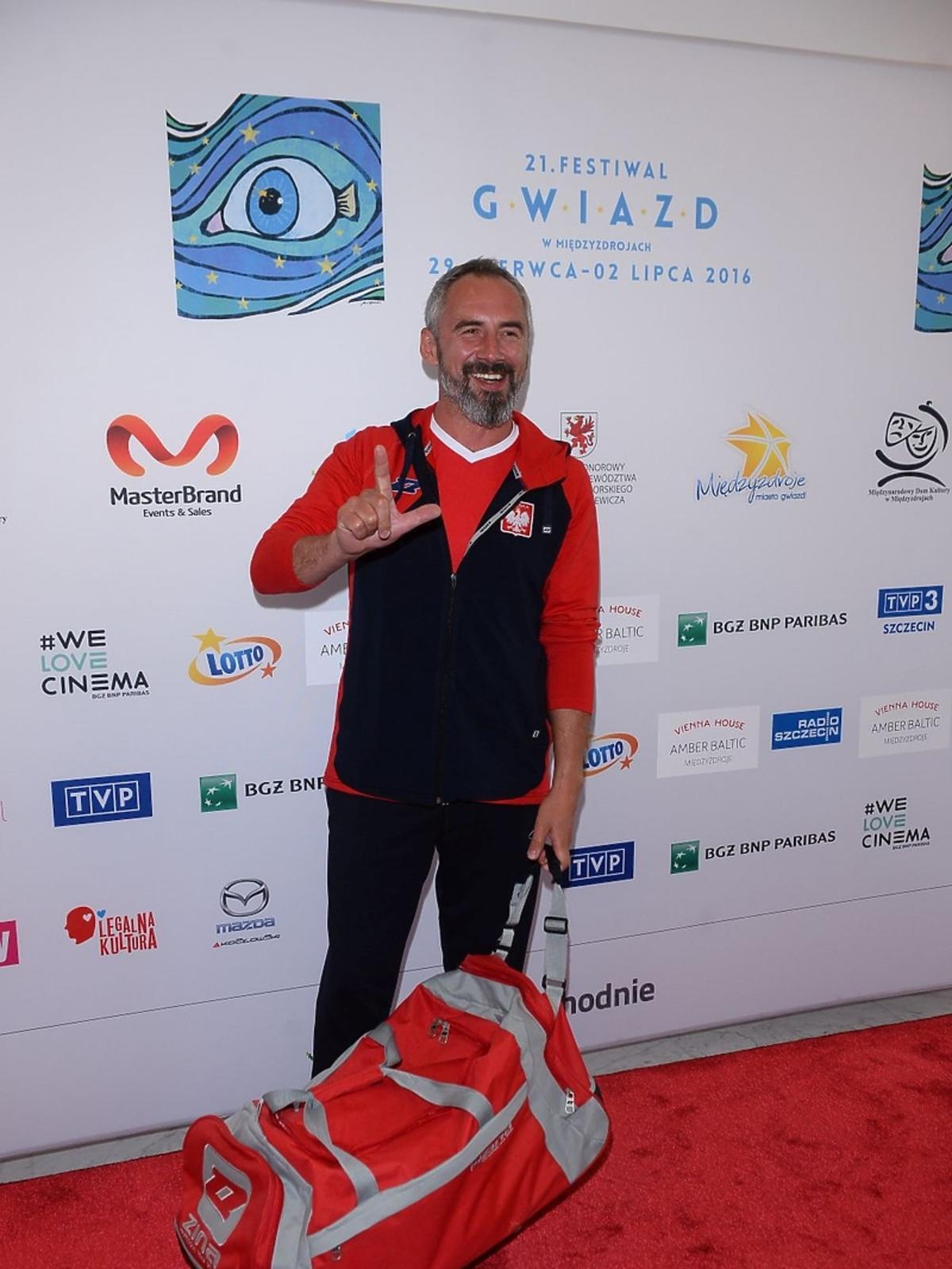 Jacek Kopiczyński w bluzie
