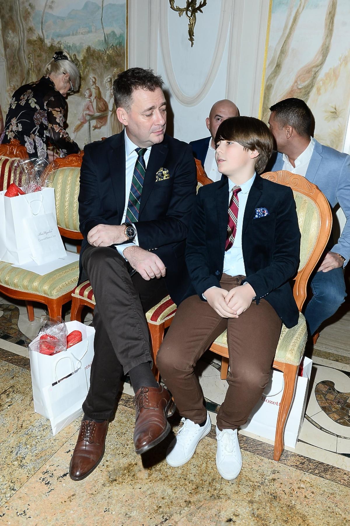 Jacek Rozenek z synem na pokazie Patrycji Kujawy