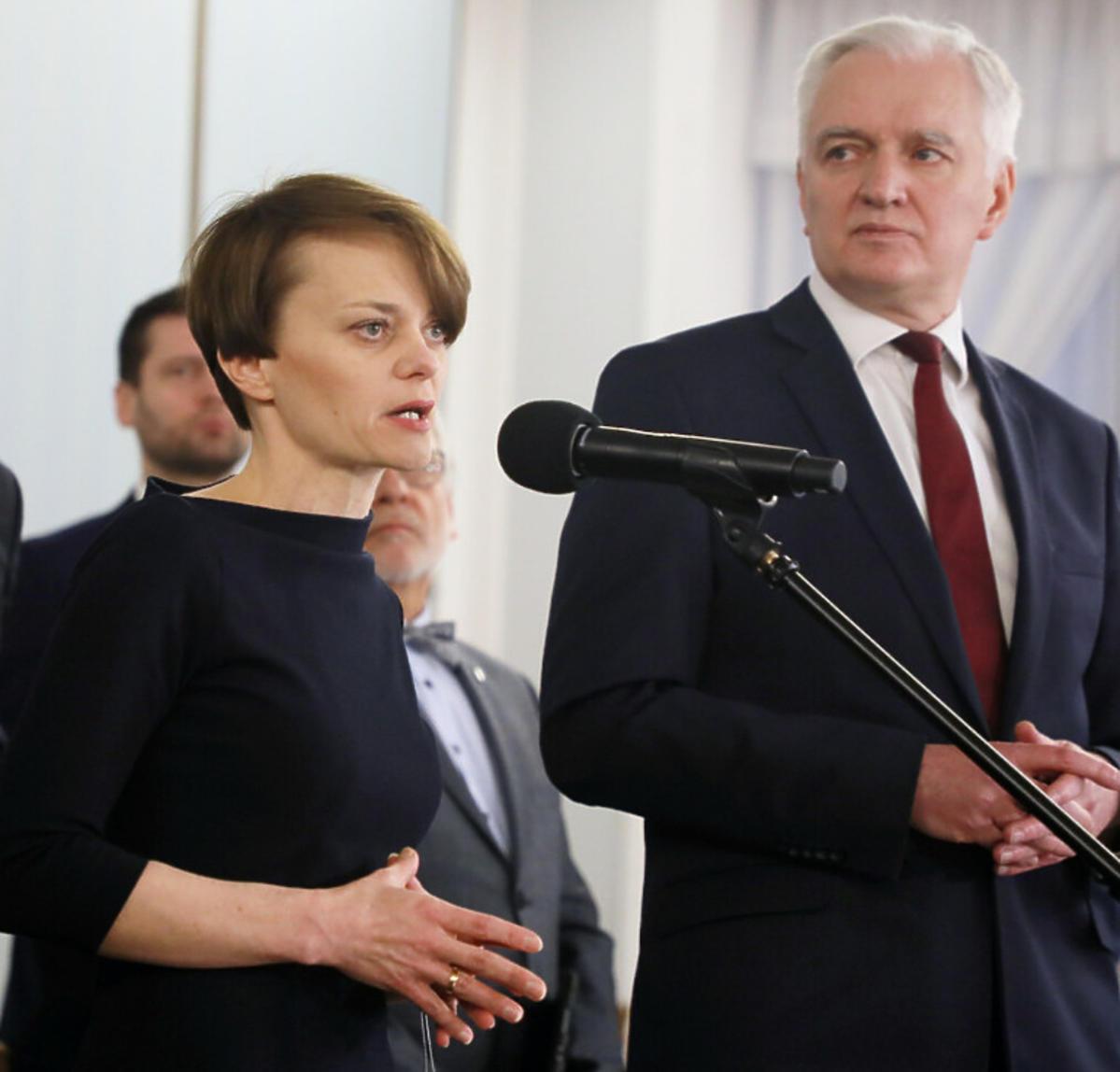 Jadwiga Emilewicz na konferencji prasowej
