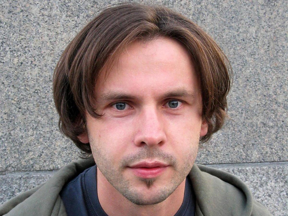 """Jak dziś wygląda Marcin Rozynek, autor hitu """"Siłacz""""?"""