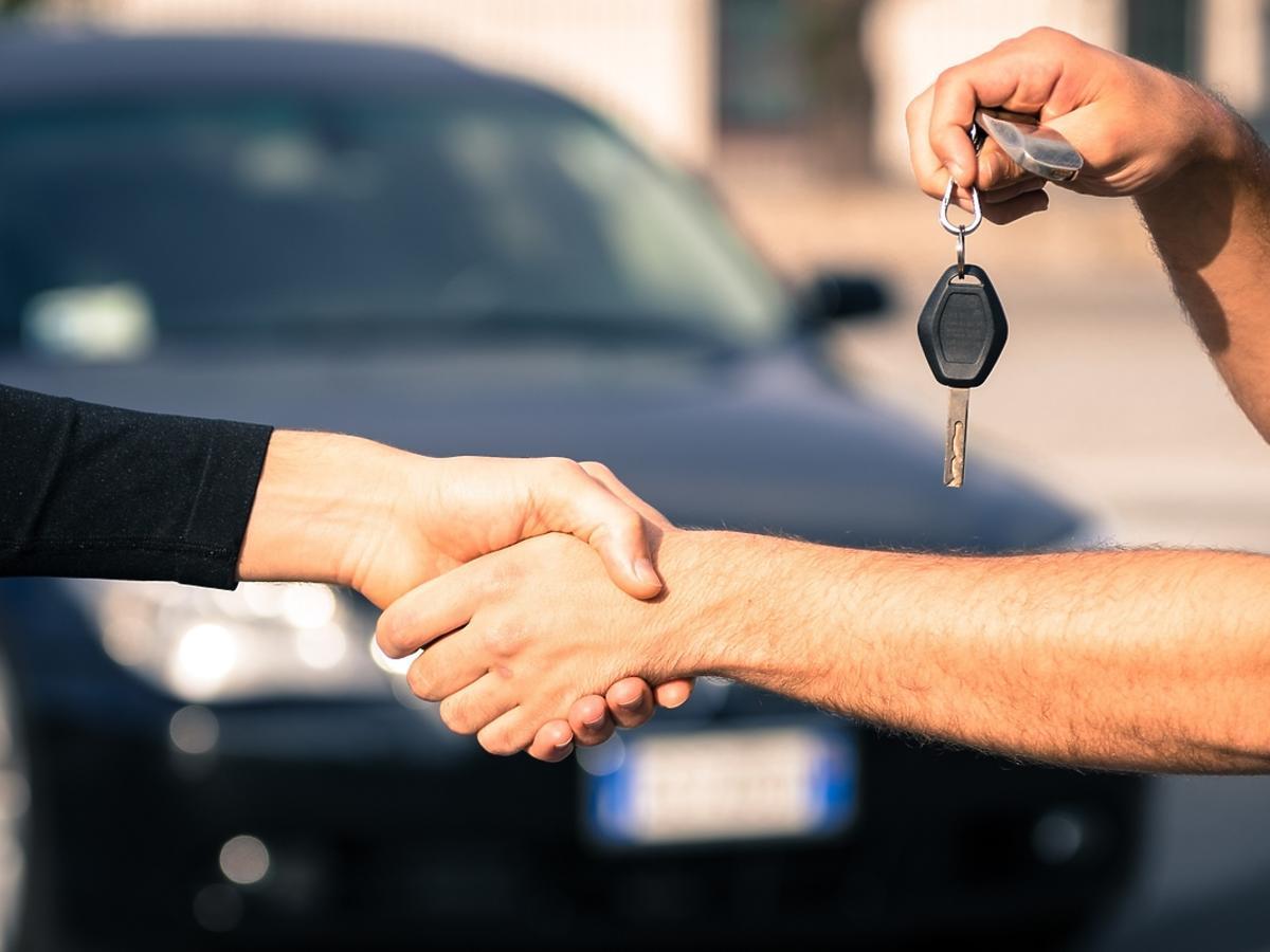 Jak przygotować samochód na sprzedaż?