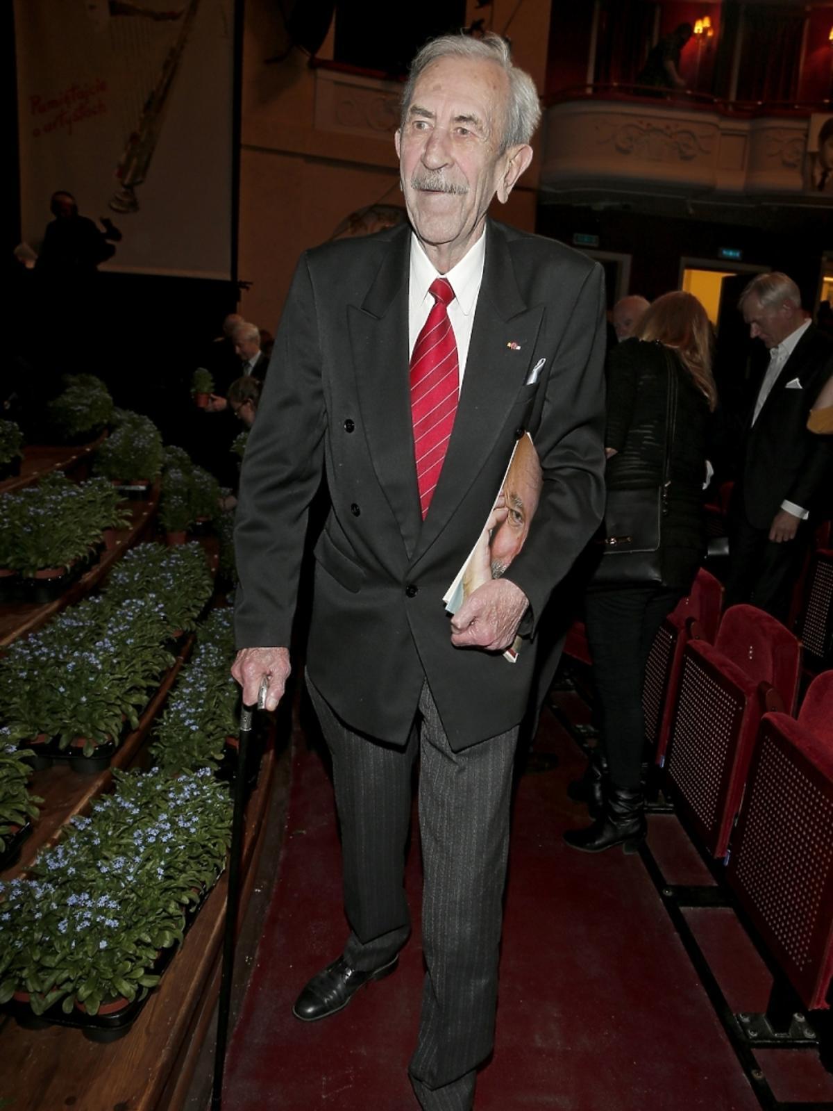 Jan Kobuszewski na koncercie