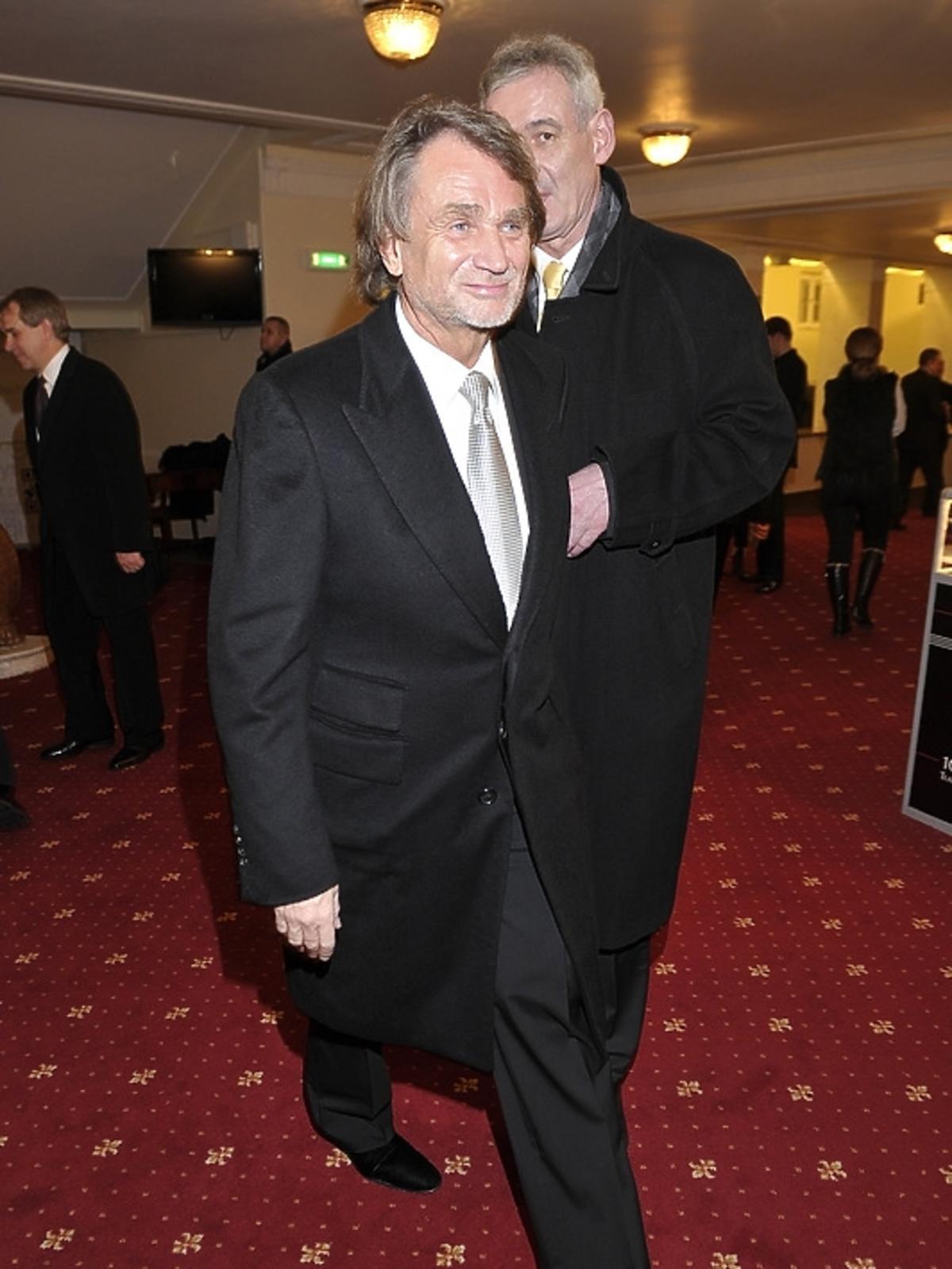 Jan Kulczyk na premierze Irydiona na 100 Lat Teatru Polskiego
