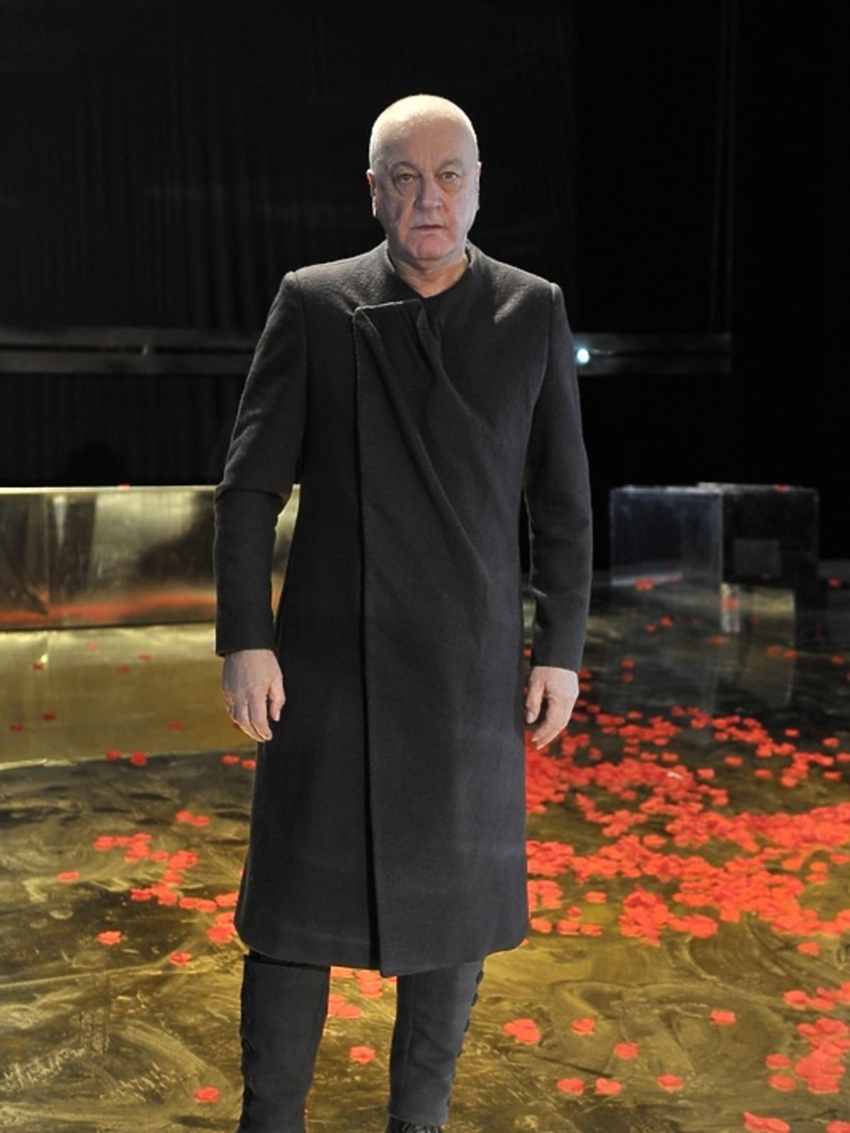 Jan Schejbal na premierze Irydiona na 100 Lat Teatru Polskiego