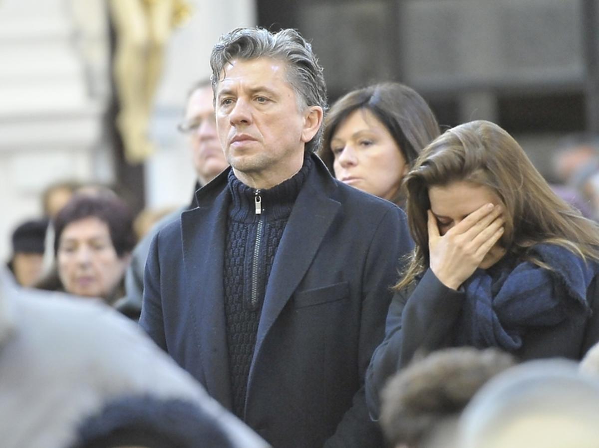Janusz Józefowicz i Natasza Urbańska na pogrzebie Niny Andrycz