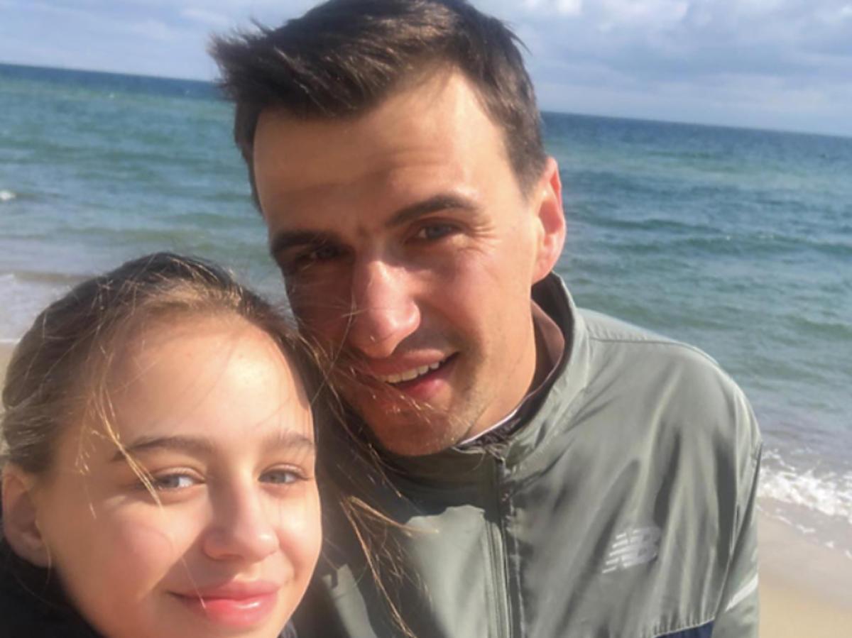 Jarosław Bieniuk, Oliwia Bieniuk na plaży