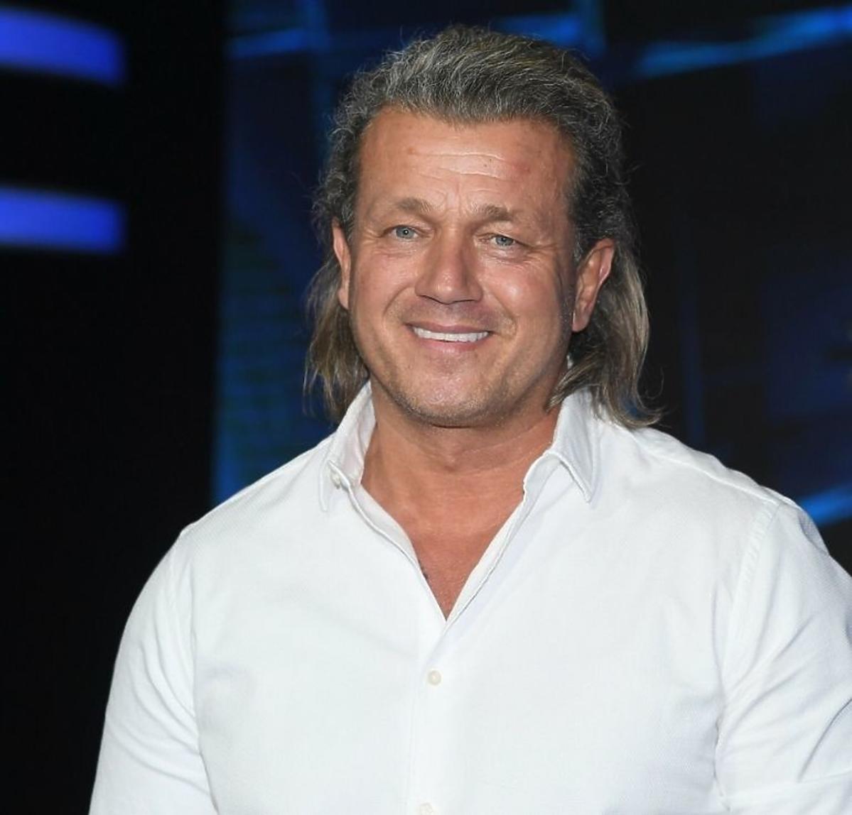 Jarosław Jakimowicz uśmiechnięty