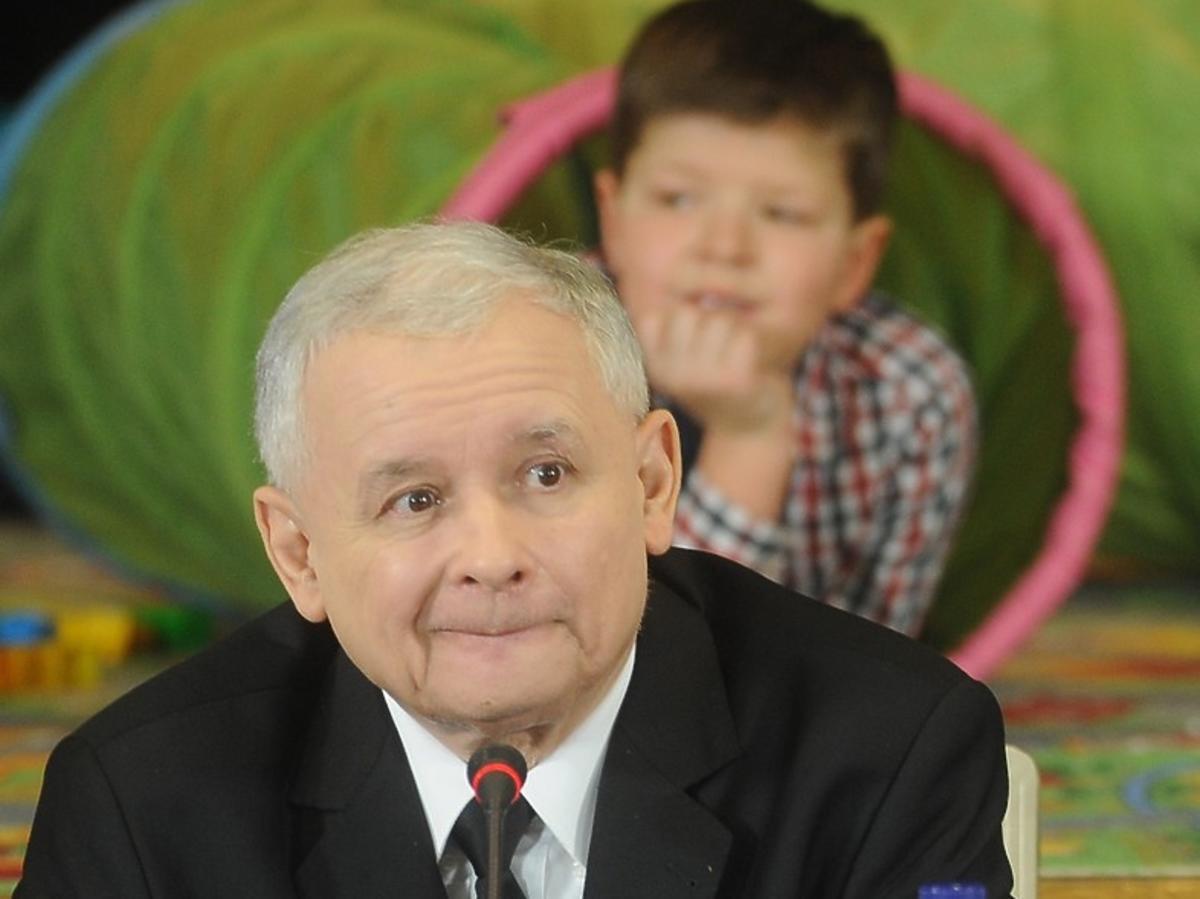 Jarosław Kaczyński i dziecko