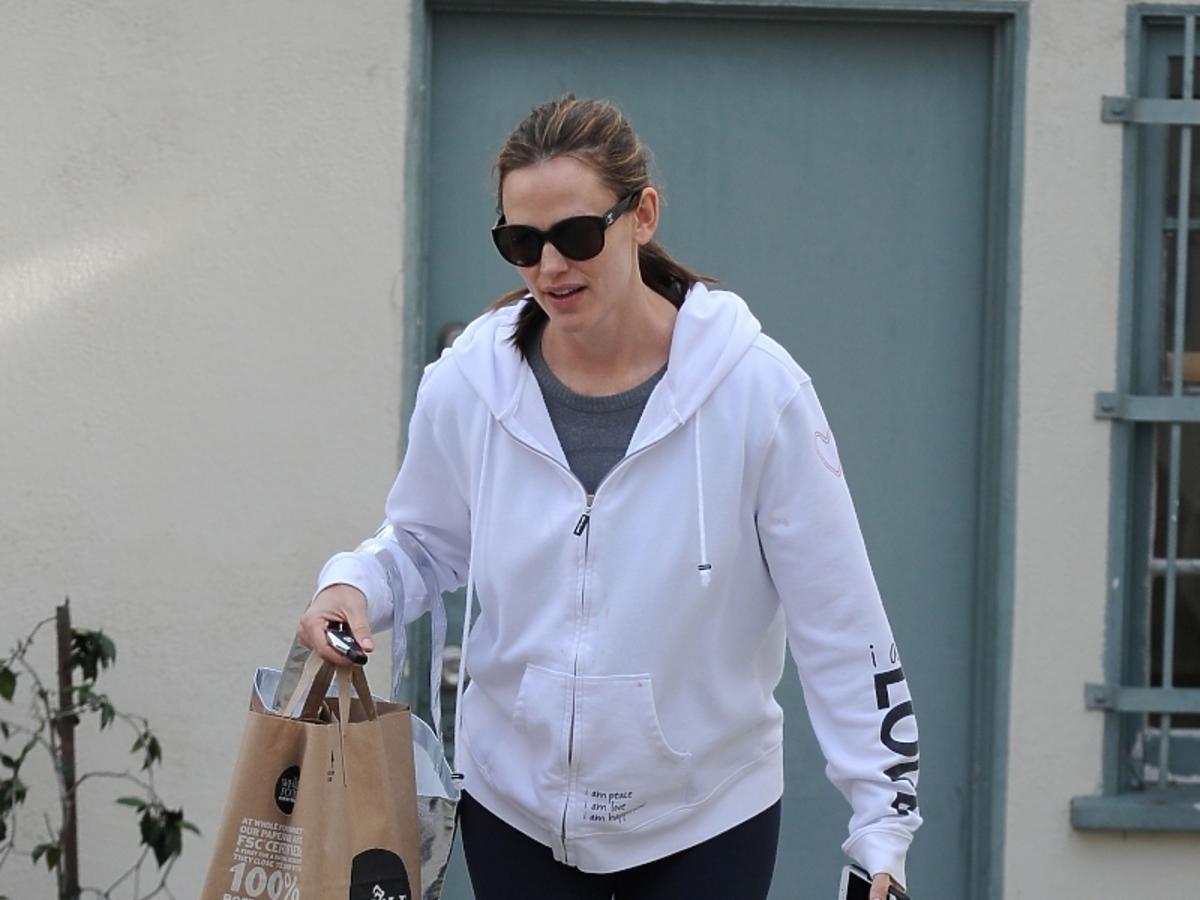 Jennifer Garner wraca z zakupami