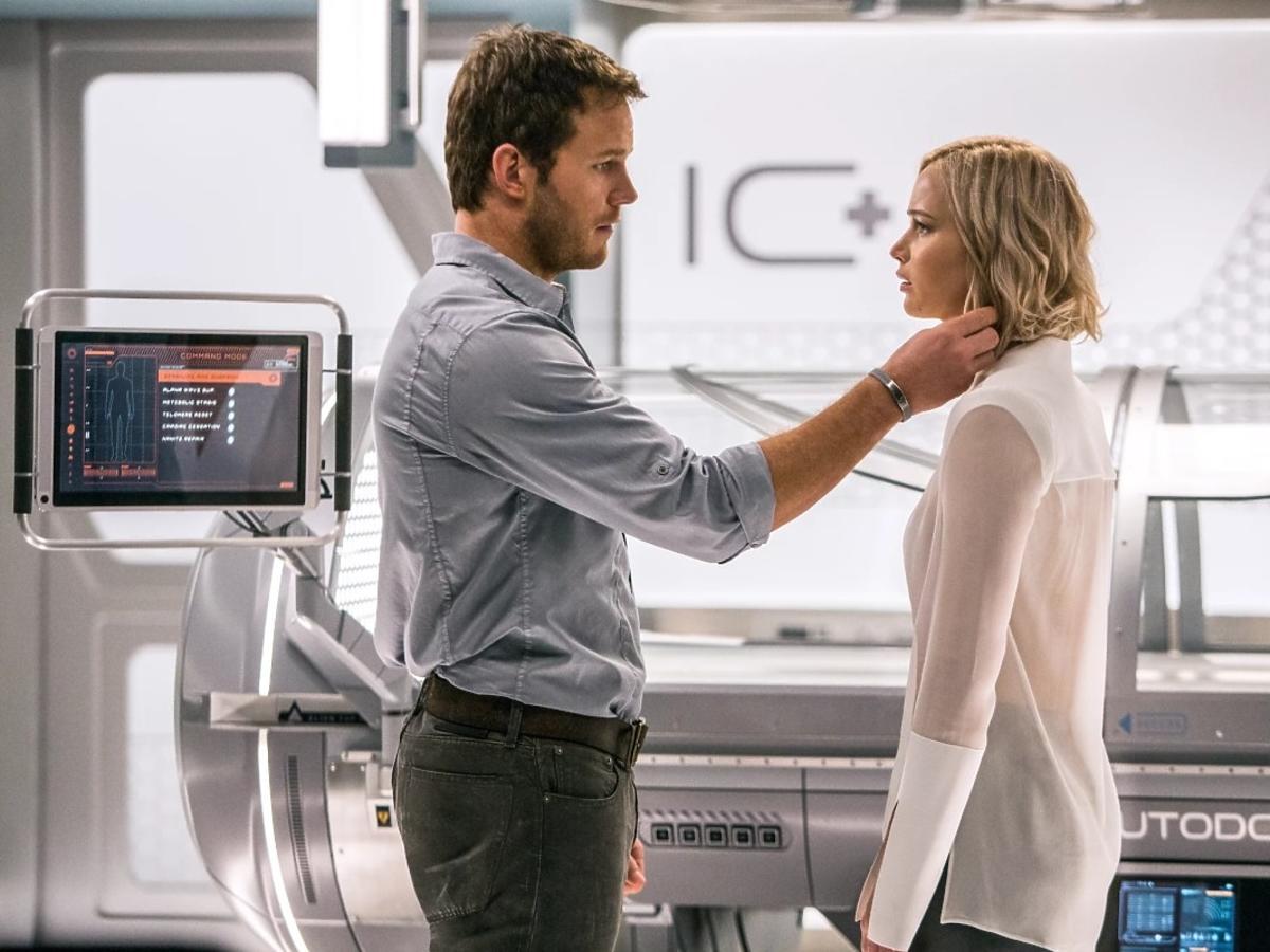 Jennifer Lawrence i CHris Pratt w filmie Pasażerowie