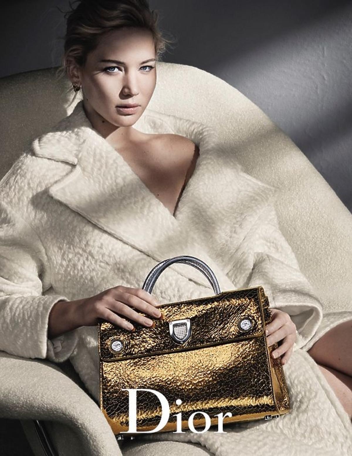 Jennifer Lawrence z torebką Dior